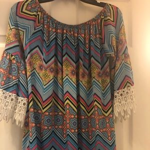 Tops - 🍬Tunic with wide lace sleeves🍬